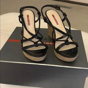 Prada Black wedge size 38